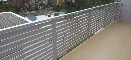 View our range of aluminium slats & wire balustrades